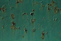 Заржаветая покрашенная белизной стена металла Стоковые Фотографии RF