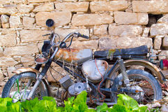 Заржаветый мотоцикл Стоковые Изображения