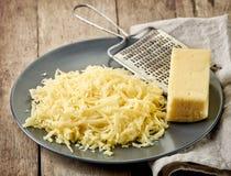 заскрежетанный сыр Стоковые Изображения