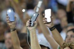 застегивает сотовый телефон Стоковая Фотография RF