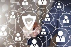 Застегните дело значка сети вируса безопасностью экрана онлайн Стоковое Изображение