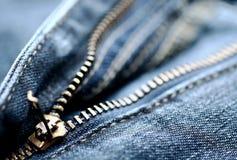 застежка-молния джинсыов стоковые фотографии rf