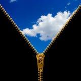 застежка -молния пасмурного неба Стоковое Изображение