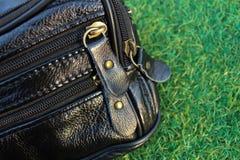 Застежка-молния кожаного бумажника Стоковые Фото