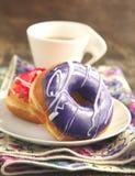 Застекленные donuts стоковое изображение