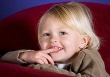 застенчивая усмешка Стоковое Фото