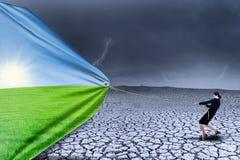 Засушливый сезон изменения коммерсантки к весне Стоковые Изображения