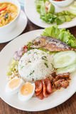 Затир Chili с зажаренной скумбрией и vegetable тайской едой, тайским foo Стоковые Фотографии RF
