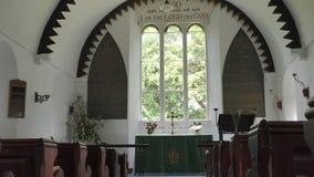 Затишье и мирная в малой старой церков сток-видео