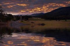 затопленная дорога сельская стоковое изображение rf