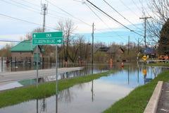 Затопленная улица в St Joseph du Lac, Квебеке Стоковые Фото