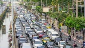 Затор движения в городе Бангкока в длинных выходных видеоматериал