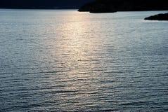 заходящее солнце озера стоковые фото