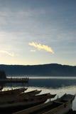 заходящее солнце озера стоковое изображение