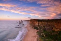 Заход солнца 12 апостолов вдоль большой дороги океана Стоковое Фото