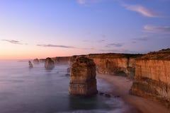 Заход солнца 12 апостолов вдоль большой дороги океана Стоковое Изображение RF