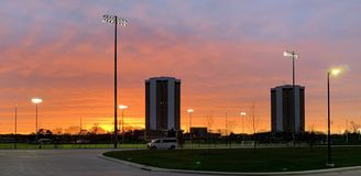 Заход солнца большого города стоковое фото rf