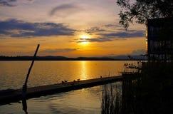 Заход солнца Варезе di Lago стоковое фото