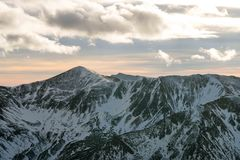 Заход солнца в горах Стоковое Изображение RF