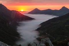 Заход солнца в долине Saliencia, Астурия лета Стоковые Фото