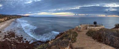 Заход солнца в камне обозревает тот взгляды кристаллический парк штата бухты Стоковые Фото