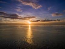 Заход солнца в Маниле, Филиппинах Bay City, Pasay стоковая фотография rf