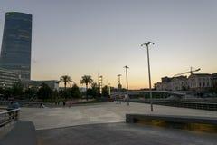 Заход солнца в музее Guggenheim Бильбао Стоковое фото RF