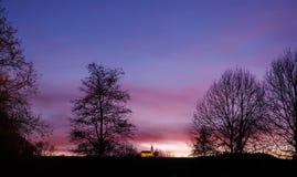 Заход солнца в парке курорта в плохом Koetzting, Баварии Стоковые Изображения RF