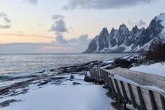 Заход солнца в холоде стоковое изображение rf