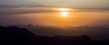 Заход солнца в Urumqi, Синьцзян 01 стоковая фотография rf