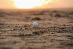 заход солнца гольфа Стоковая Фотография