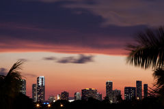 заход солнца горизонта miami Стоковые Фотографии RF