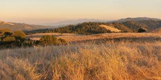 заход солнца горы california стоковое фото rf