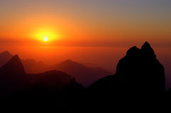 заход солнца гор Стоковые Изображения RF