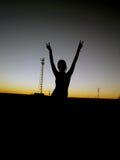 заход солнца девушки Стоковая Фотография RF