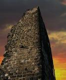 заход солнца замока стоковые фотографии rf