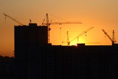 заход солнца здания Стоковая Фотография