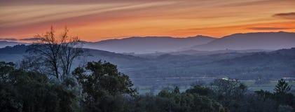 Заход солнца зимы над долиной Sonoma Стоковая Фотография