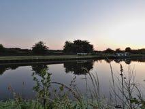 Заход солнца или ландшафт восхода солнца, панорама красивой природы  стоковые фото