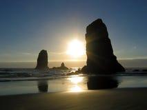 заход солнца карамболя пляжа Стоковые Изображения