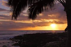 Заход солнца Кауаи Стоковые Изображения