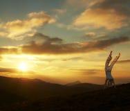 заход солнца колеса телеги Стоковая Фотография RF