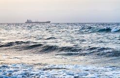 заход солнца корабля Красного Моря голубого груза сухой Стоковые Изображения RF