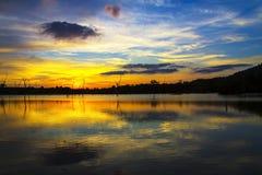 Заход солнца красивый на лагуне Стоковые Изображения RF