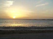 Заход солнца Красного Моря на западном побережье Саудовской Аравии стоковые фотографии rf