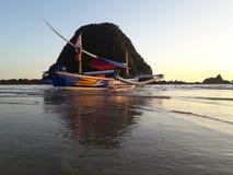Заход солнца - красный остров, banyuwangi - East Java Стоковая Фотография RF