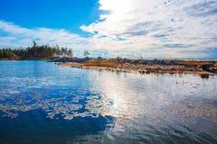 заход солнца лета реки ландшафта Обь, Сибирь, Россия Стоковые Фотографии RF