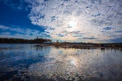 заход солнца лета реки ландшафта Обь, Сибирь, Россия Стоковая Фотография RF