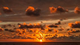 Заход солнца моря на Шри-Ланка стоковое фото