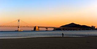 заход солнца моста gwangan Стоковые Изображения RF